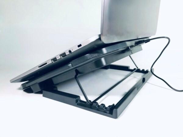 đế làm mát laptop 6 quạt