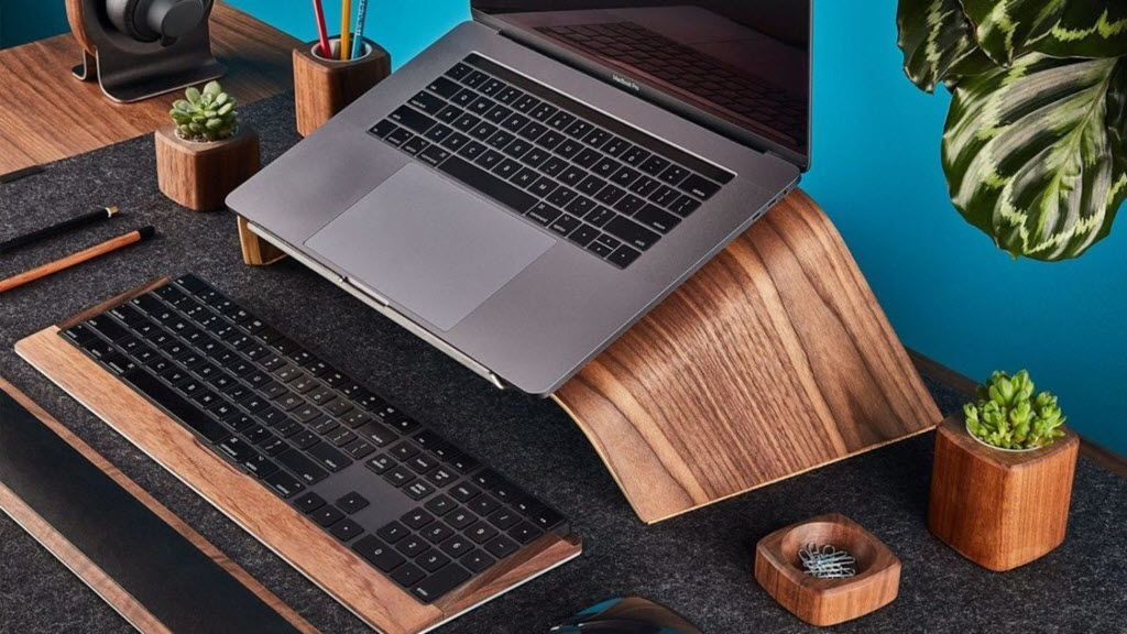 giá đỡ laptop có chống nóng hay không