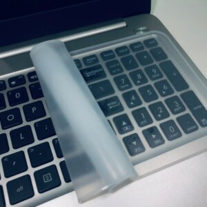 tấm phủ bàn phím silicon