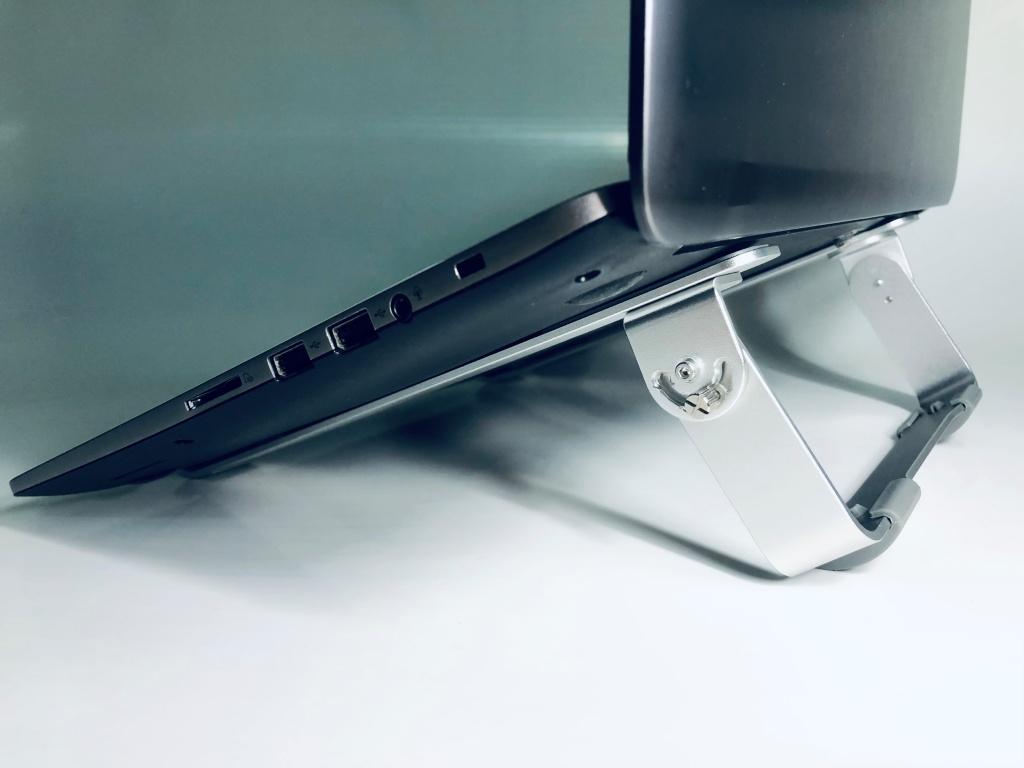 giá đỡ laptop nhôm