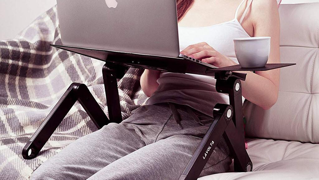 giá đỡ laptop trên giường