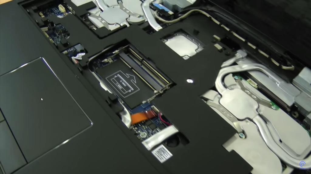 đế tản nhiệt nước cho laptop