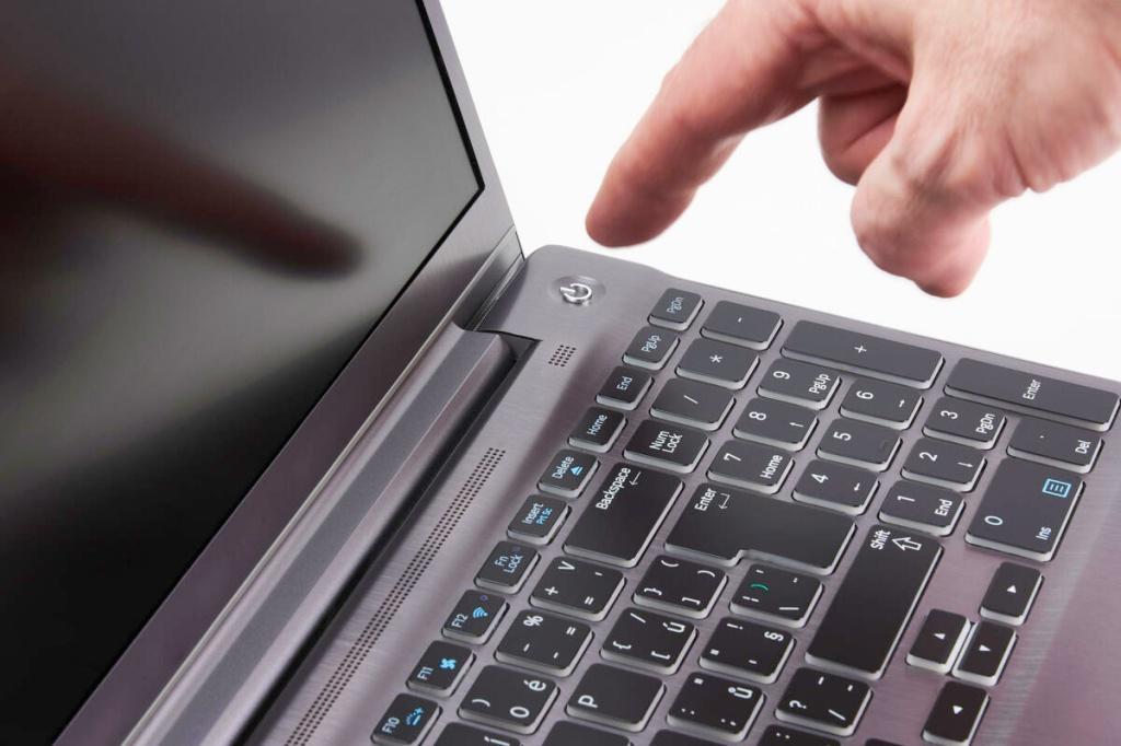 tản mát laptop