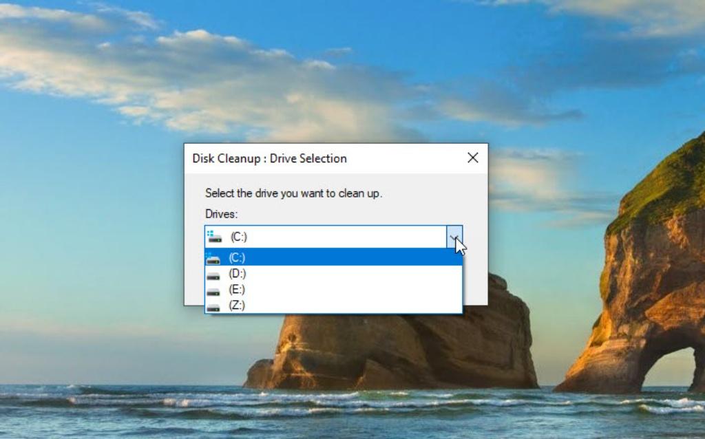 tại sao máy laptop chạy chậm