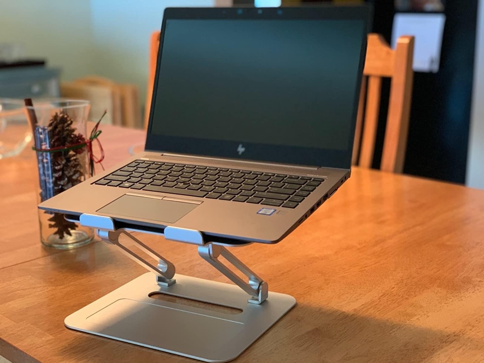 giá kê laptop